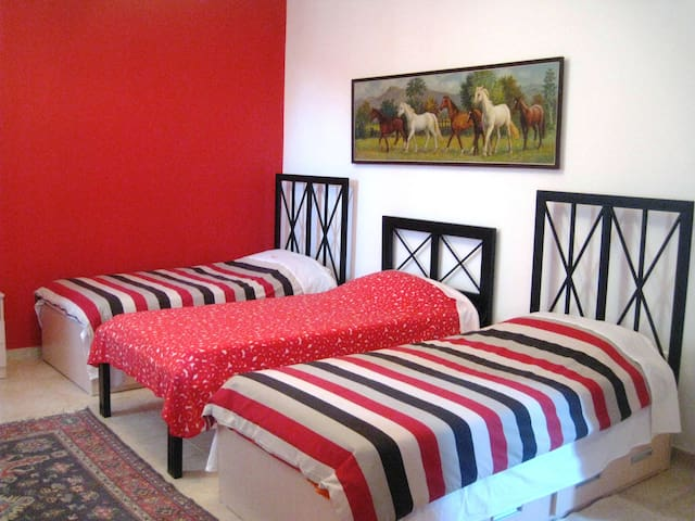 Triple standard room - Geghadir - Bed & Breakfast