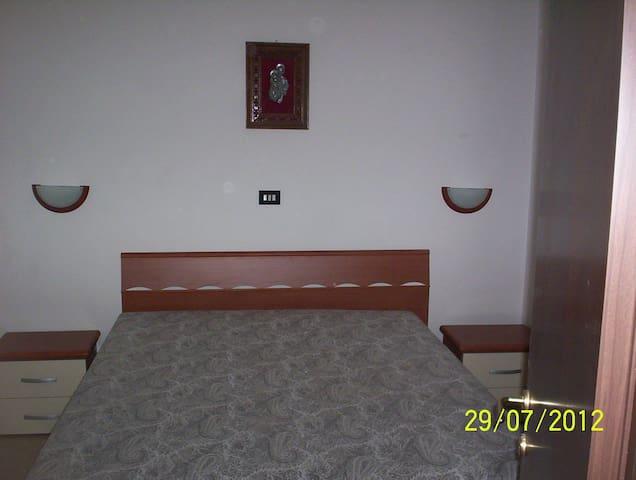 mini appartamento indipendente - Monacizzo-librari-truglione - Lägenhet