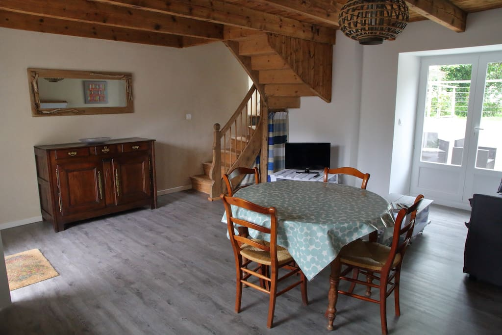 Séjour / Dining and living room