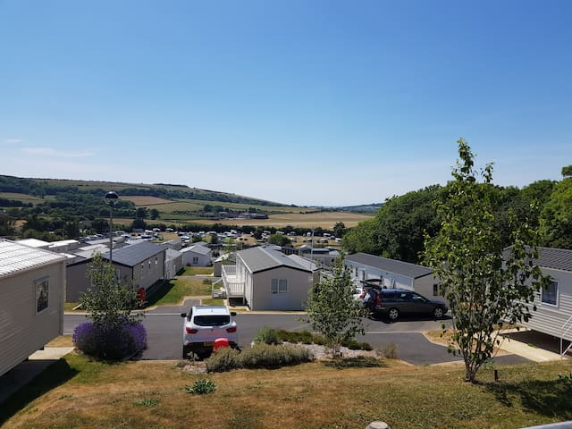 Static caravan with amazing views at 2018 price's