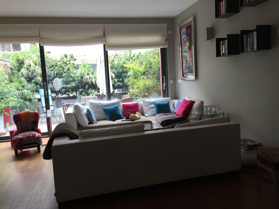 maison d 39 architecte houses for rent in boulogne billancourt le de france france. Black Bedroom Furniture Sets. Home Design Ideas