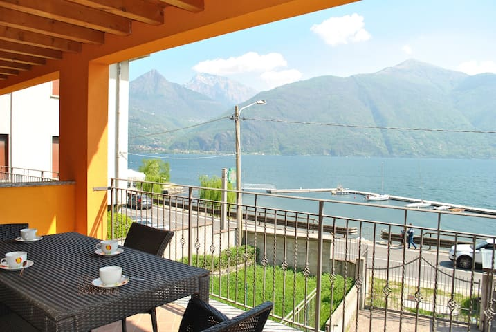 The Beach - Front lake apartment with parking - Provincia di Como - Pis