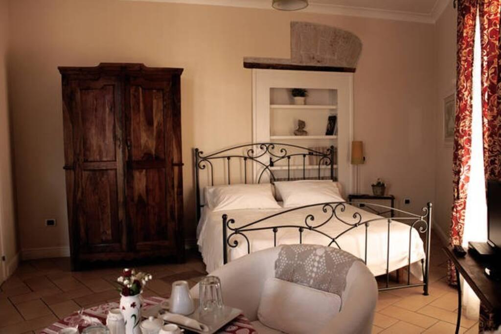 Flat capodimonte appartamenti in affitto a napoli for Appartamenti in affitto arredati napoli