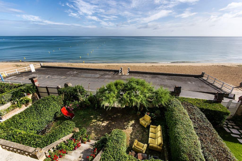 Vue sur mer villa art nouveau 2 chambres d 39 h tes louer lion sur mer basse normandie - Chambre d hote normandie vue sur mer ...