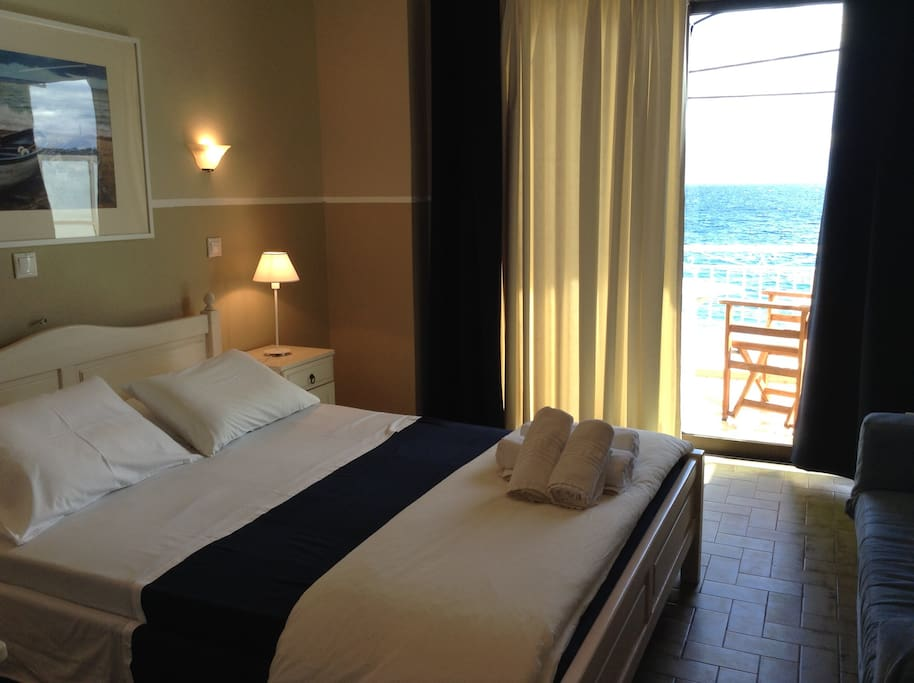 Classic double sea view room