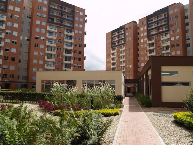 Apartamento tranquilo en mejor lugar residencial