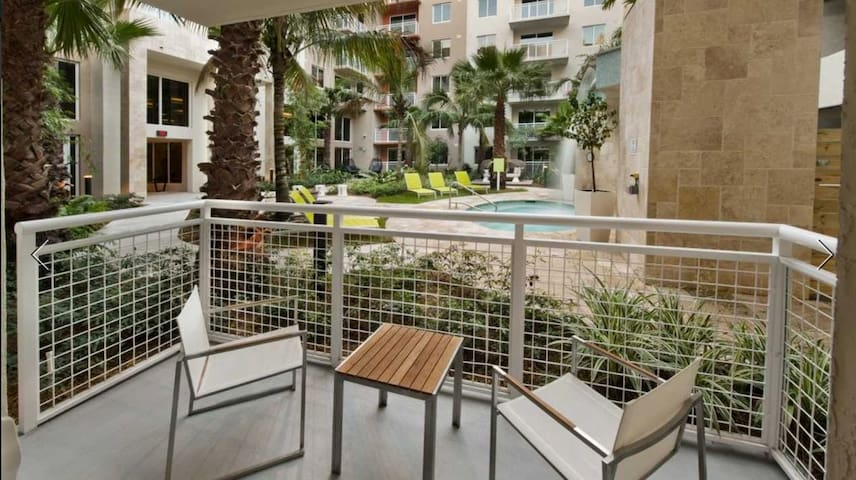Perfectly located 2Bedroom/2Bath  Doral Apartment