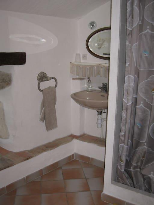 La salle d'eau Lilas