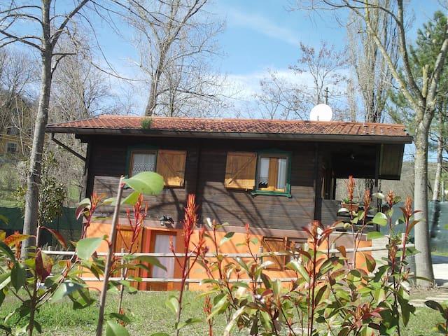 Accogliente casa di campagna - Varano De' Melegari - Hus