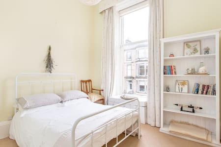 Beautiful, convenient Georgian flat - Edimburgo - Appartamento
