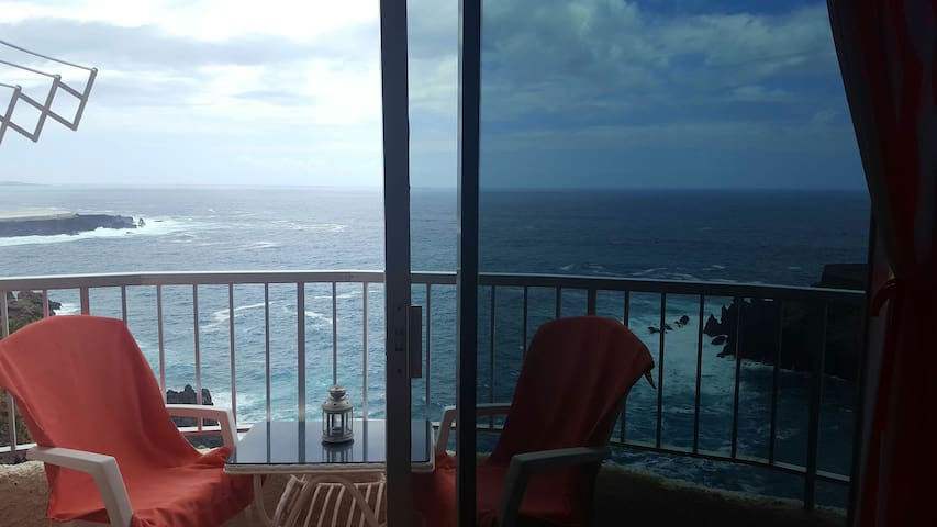Amazing view of the Atlantic! - San Marcos - Apartment