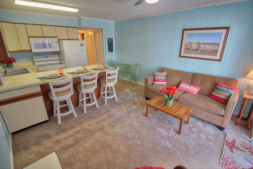 Living Room & Kitchen with Breakfast Bar