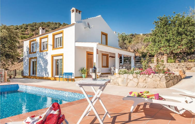 Holiday cottage with 3 bedrooms on 117 m² in Cádiz