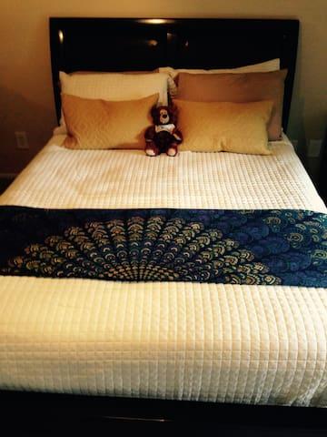 Cozy and Clean 1 Br/1 Ba - Dallas - Apartment