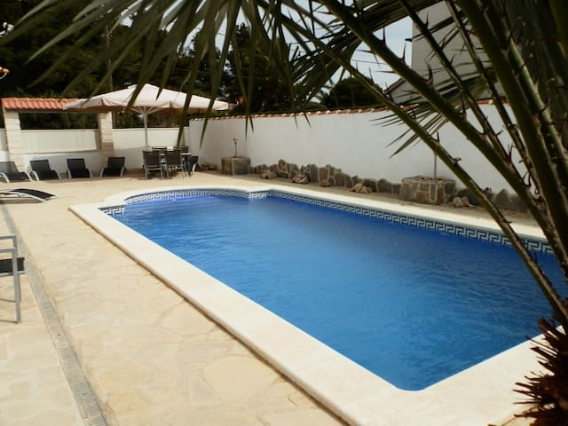 villa casa chris 4bed&bath sleeps12 - Les Tres Cales - Villa