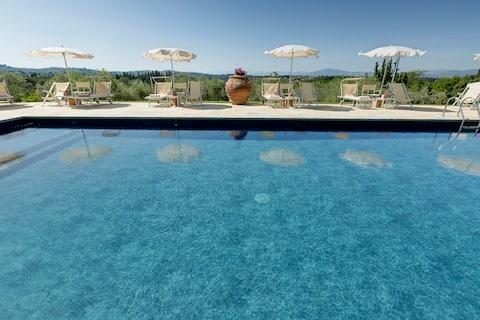 Domek na wsi 9 km do Florencji,bezpłatny park, basen