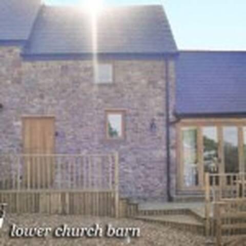 LOWER CURCH BARN LLANMADOC - Llanmadoc - House