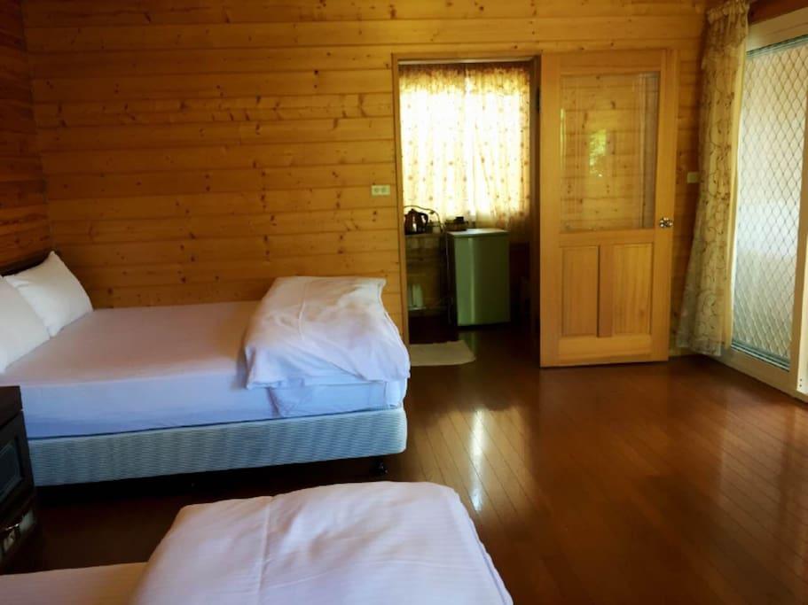 室內雙人床
