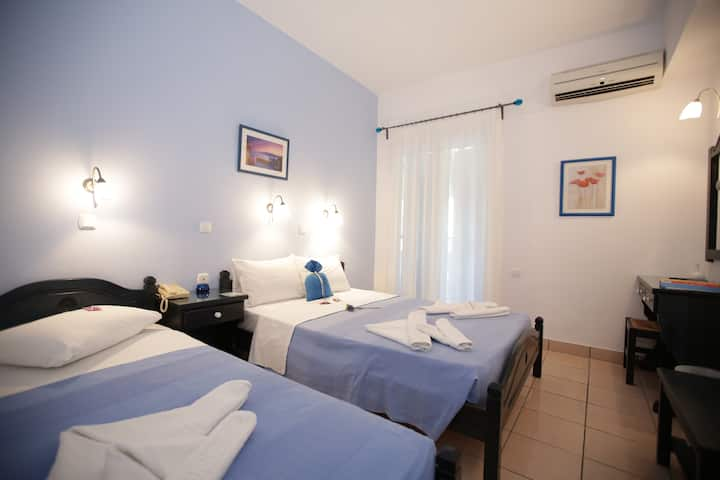 Dilion Hotel in Paros triple superior room for 3
