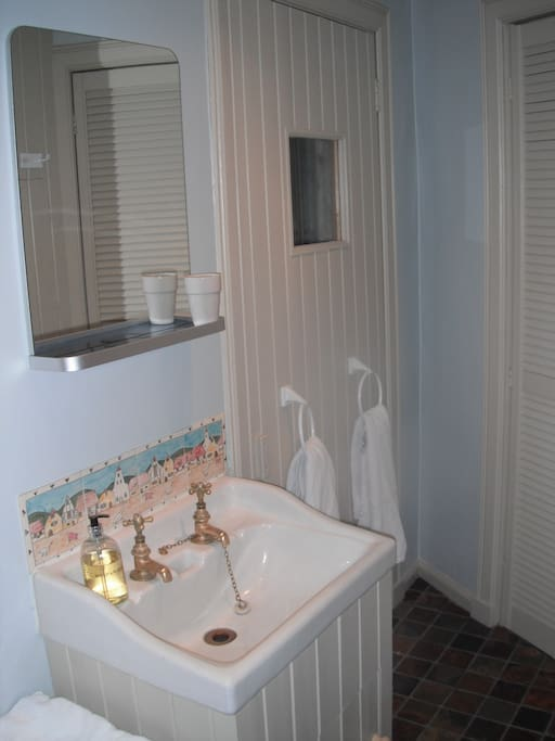 B&B private shower room, with door to private sauna