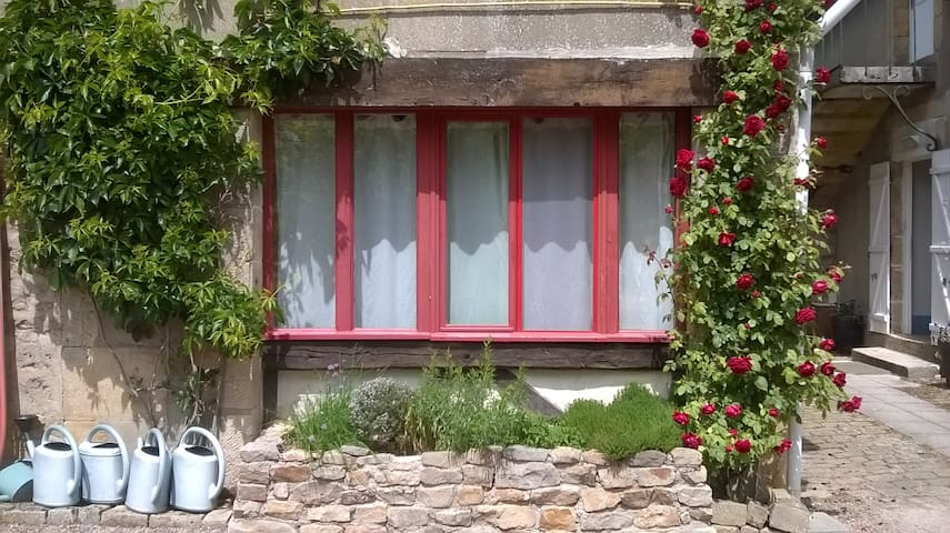 Le Sapin, B&B for naturists - Champallement - Bed & Breakfast