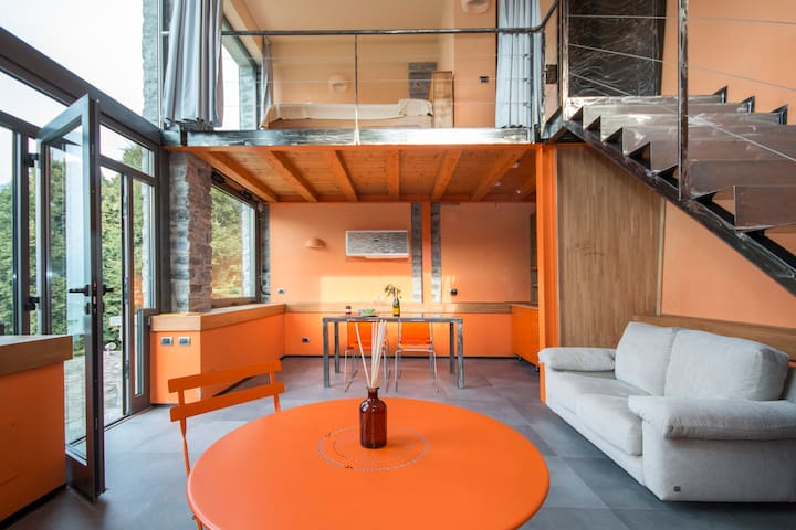 The Orange home - Lake Como, close to Bellagio - Faggeto Lario - Hus