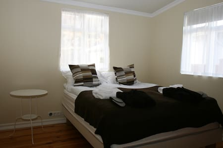 Double room in a cozy old Villa