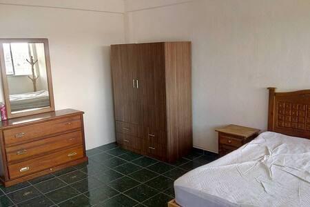 Una habitación con vista a Celaya
