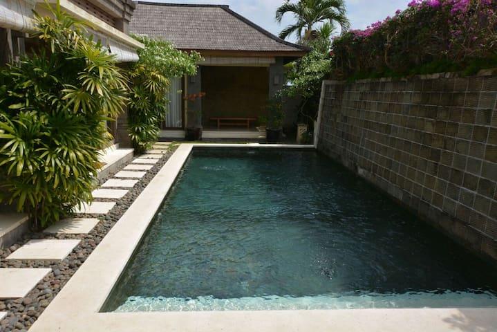 Private and comport Villa Bukit Jimbaran