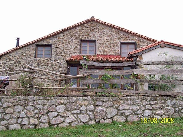 Casa Rústica en Buelles.Asturias