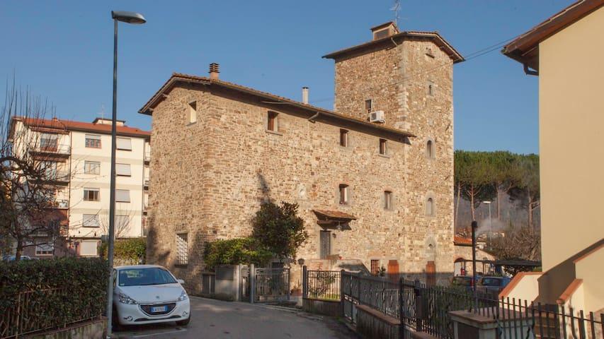Stanza Privata in Torre Medievale