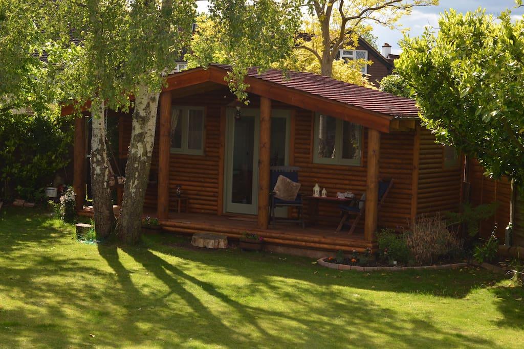 Your own garden chalet, imagine having a drink on your own verandah