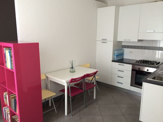 Ground floor Apartment (studio apartment) - Porto Potenza Picena - Apartemen