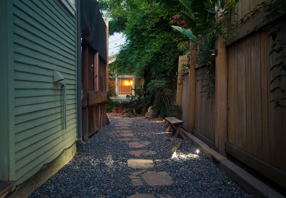The path to your cottage, nestled between two homes in a quiet upscale Hollywood neighborhood.