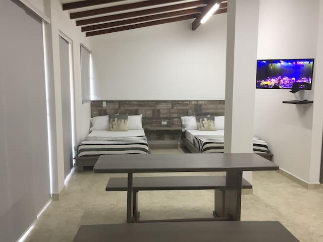 Marinilla Apartment Suites 30-28 Gray