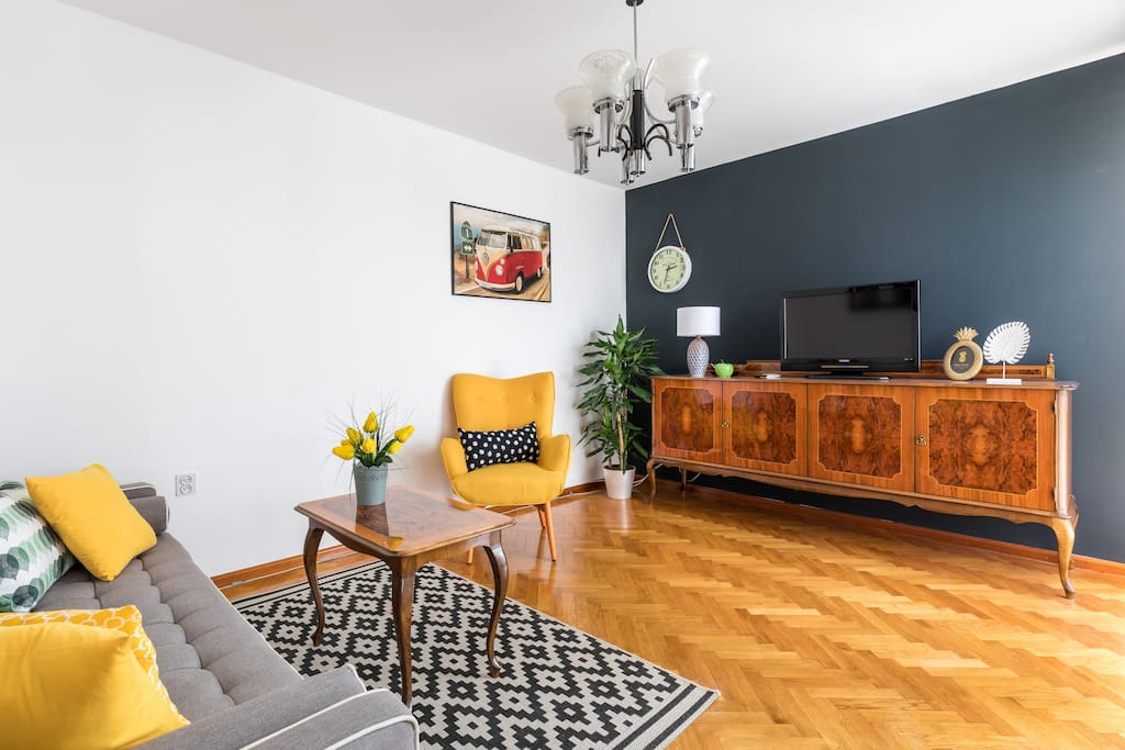 SPACIOUS 2BD friends&family/free PARKING