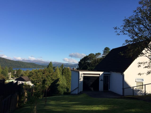 Lakeview Cottage - Panoramic Views - Bowness-on-Windermere - Haus