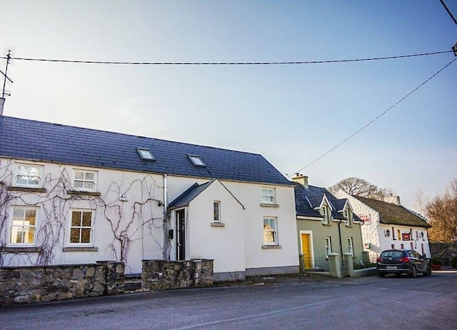 Exclusive Garrykennedy Home - Portroe, Nenagh - House