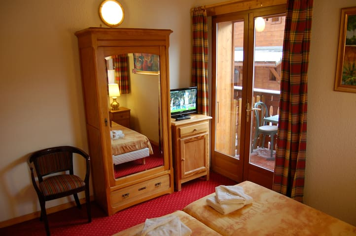 Cosy 2 pers room on the skipistes - La Chapelle-d'Abondance - Bed & Breakfast