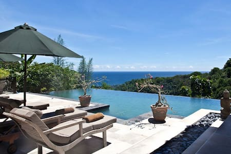 Luxury villa with amazing sea view!