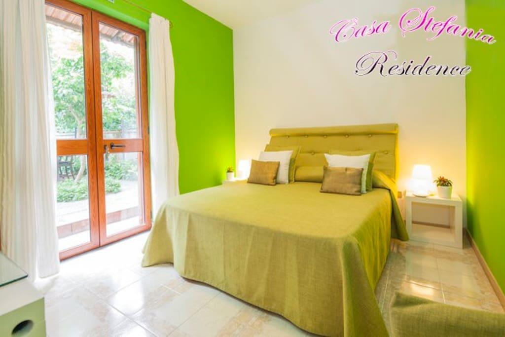Camera Lime con accesso privato al giardino