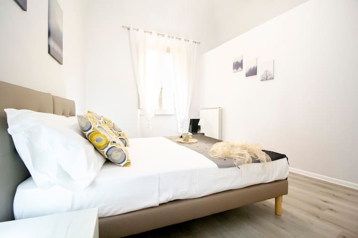 Seconda camera matrimoniale / Second double bedroom