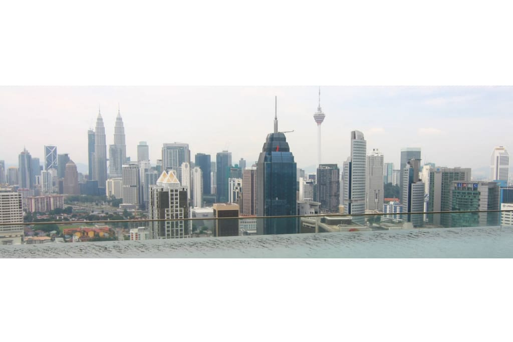 Memorable Infinity Pool   Regalia Kuala Lumpur