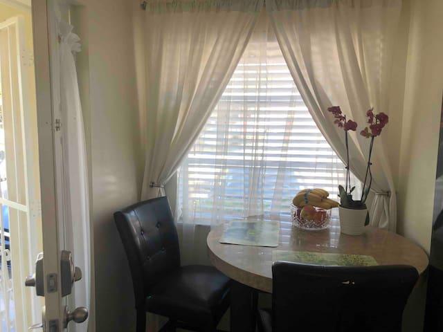 Cozy apartment in Miami near to Coral Gables.
