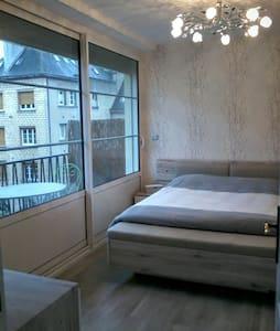 Appartement dans la capitale du Pays d'Auge - Lisieux - Huoneisto