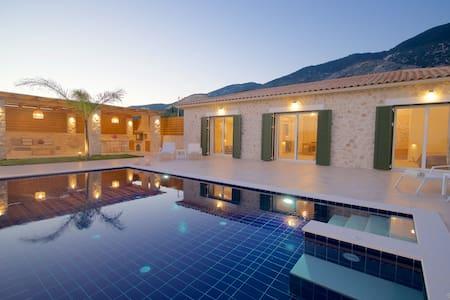Villa Petra of Lithos Villas