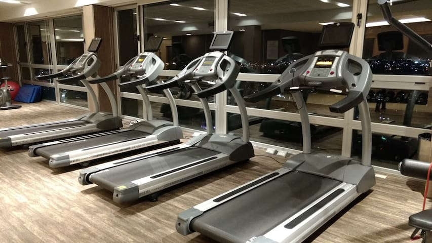 Piso 27 - Gym