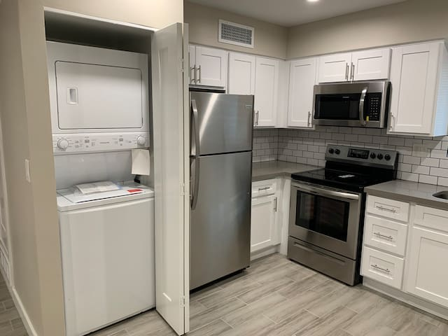 Cozy stay near everything( No cleaning fee)