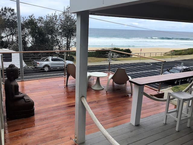 Beach Bar at Wavewatch Mollymook Beach