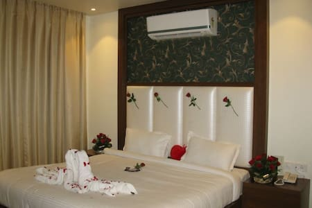 Pavna O Palace Hotel and Resturant-Executive Suite